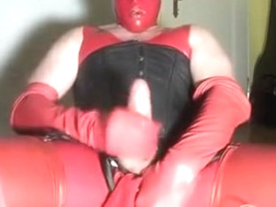 Red Fetish Milking