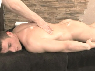 Skilled Gay Massage