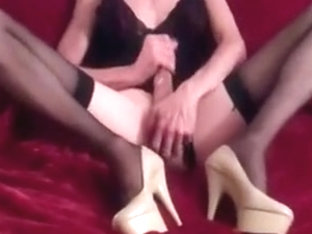 horny in heels
