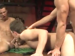 Smooth hunks anal threesome