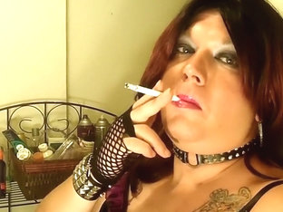 Shanna Silver Smoking Fetish Tgirl