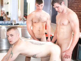 Ivan James, Colton Phobos & John Military Porn Video - ActiveDuty