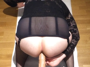 Big ass in stockings getting anal sex