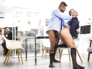 Diego Lauzen & Theo Ford in Consulting Cock Part 1 - DrillMyHole