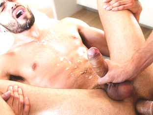 Wesley Woods & Angel Duran in Hard Slippery Cock - GayRoom