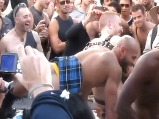 In Public 25  Twister at Folsom