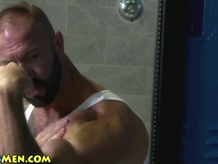 Mature muscle stud solo
