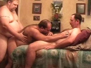 Exotic male pornstars Vic Moore and Markus Larsson in amazing blowjob, bears homo porn scene