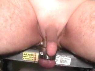 Splitting my hole wide open 001