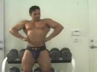 Muscled fucks boy