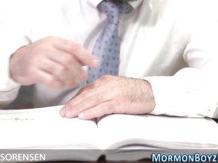 Mormon gets ass rammed