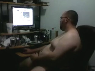 Jacking to some porn