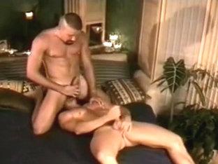 muscle men make sex slowly