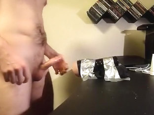 Guy using fleshlight and wanking. Great cumshot at the end.