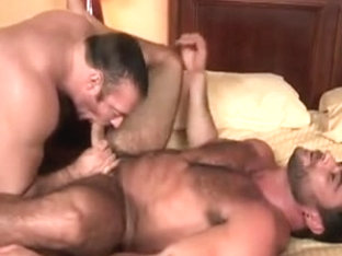 Brad Kalvo Fucks Mike Dozer