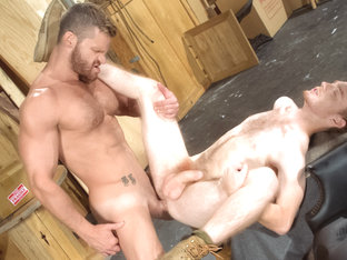 Size Matters XXX Video: Landon Conrad, Seamus O'Reilly