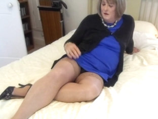 CD Carolyn in Stockings Cums - Cameral 1