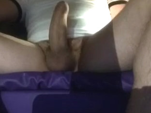 Big ejaculation on hairy muscled leg