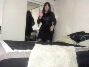 Cindi fucks her ass with dildo