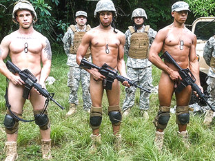 Jungle fuck fest - TroopCandy