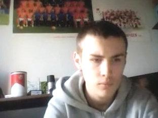The Netherlands Str8 Boy Shows His Virgin Asshole On Cam