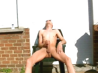 Xavier masturbating full nude 8 may 2016