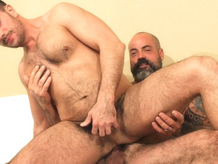 Scotty Rage and Nick Tiano - BarebackThatHole