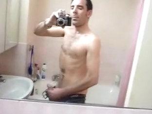 dans la salle de bain d'un ami / in the bath of a ally