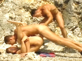 Three Way Butt Fucking Sex At The Beach