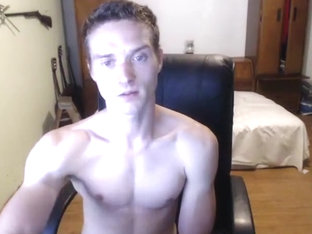 Gorgeous Twink dude talks cars while camming