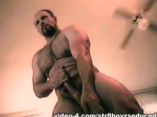 Penis Pumping Amateur Straight Boy Buck - Str8BoyzSeduced