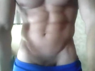 Hot Abs Exhibitionist