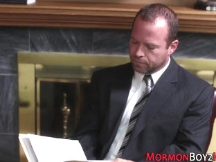 Tied mormon gets fingered
