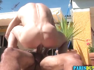 Muscly euro dude sucks and rides