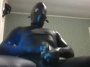 Zentai Cum Fountain
