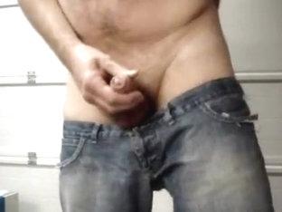 Ultra lowrise jeans jerk-off