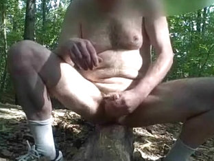 PUBLIC CHANGE AND SEX-TOY IN ARSE JACK OFF
