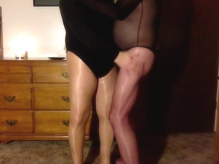 Leotard lust in pantyhose