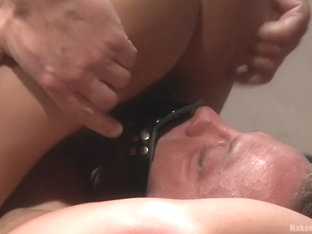 Top Cock: Muscled gods oil up their ripped bodies and fight to fuck!