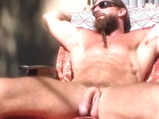 Str8 mountain stud jerking in the sun