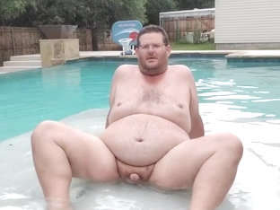 Cum swimming with me