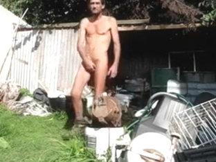 steve wanking in back yard