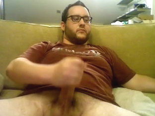 Dishy man is jerking within doors and memorializing himself on web cam