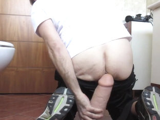 Mr big hole huge gaped farted by 12 inch king cock