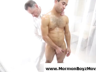 Naked straight guy sucked by older gay man