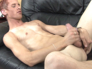 Twink Karl Brooks Jerks Off - TwinkBoysParty