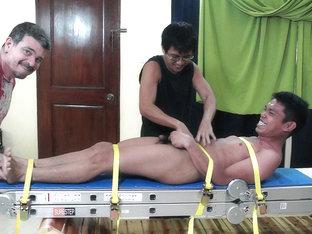 Tickling Asian Boy Lorenzo - LaughingAsians