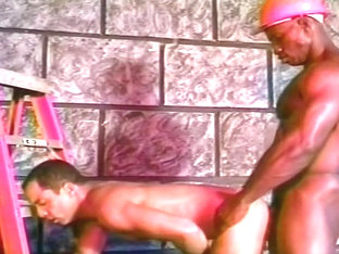 Horny Gay Studs Do Some Dirty Work
