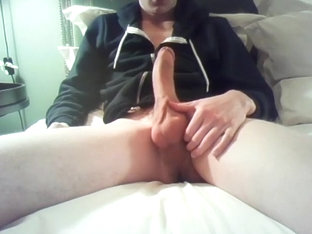 Big Dick Twink Shows Off In Hotel Room No Cumshot