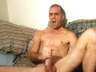 Hard body hottie jerks off